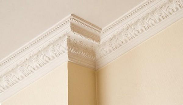 Рекомендации по применению потолочного плинтуса шириной 8 см